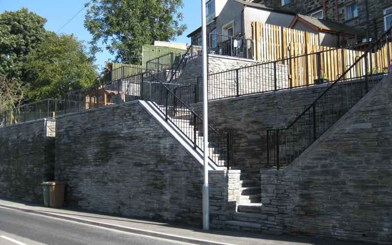 A470 War Memorial Retaining Walls